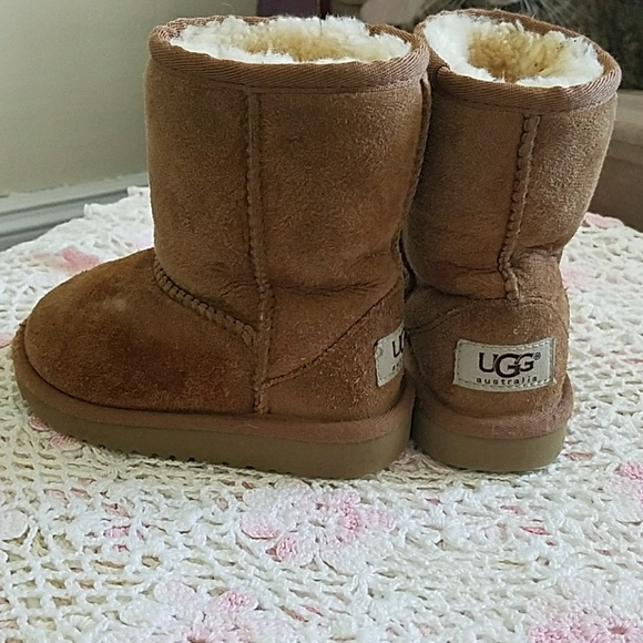 973a34876a5 USED Toddler UGGS